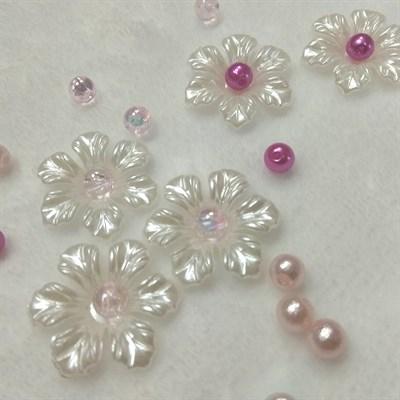 Цветочки пластиковые, цвет белый жемчужный, 25 мм, 5 шт. - фото 7758