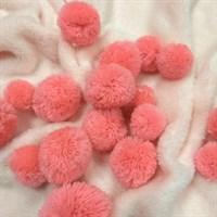 Помпоны кашемировые. Цвет коралловый. Размер микс от 3 до 5 см. Количество 5 шт.